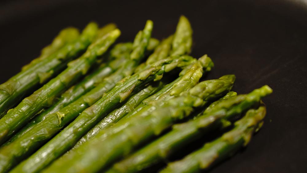 asparagi-mangiopositivo-interi