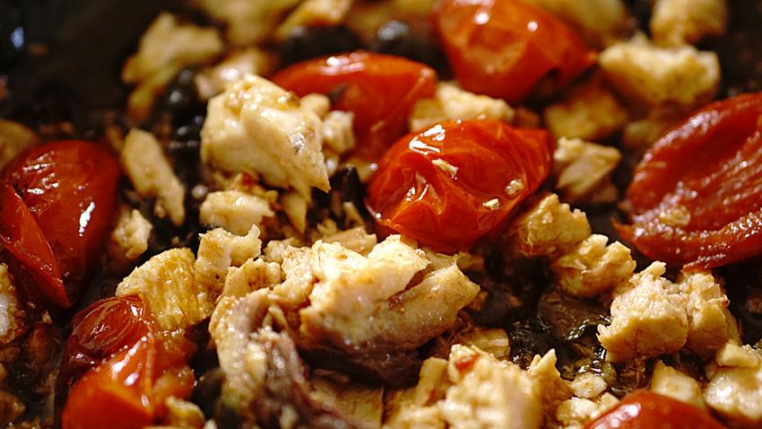 sugo-pesce-spada-pomodorini-olive