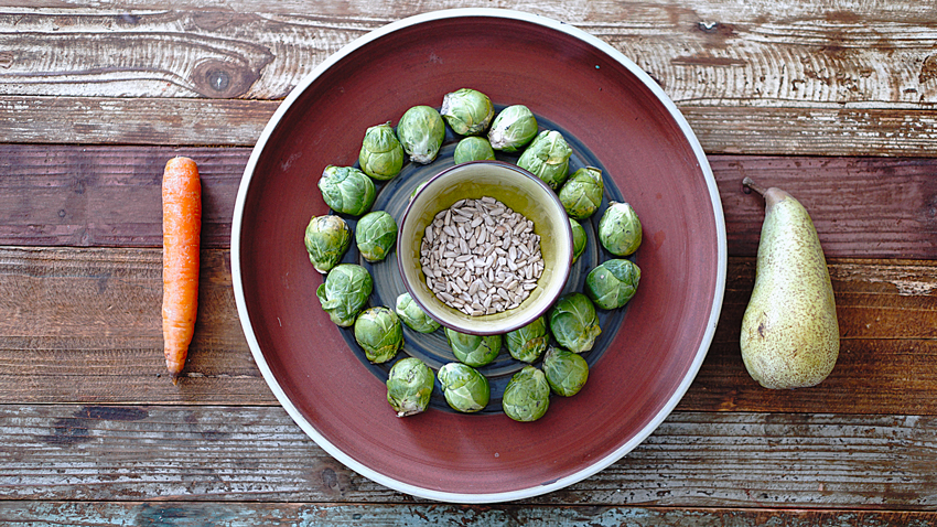 ingredienti insalata cavoletti