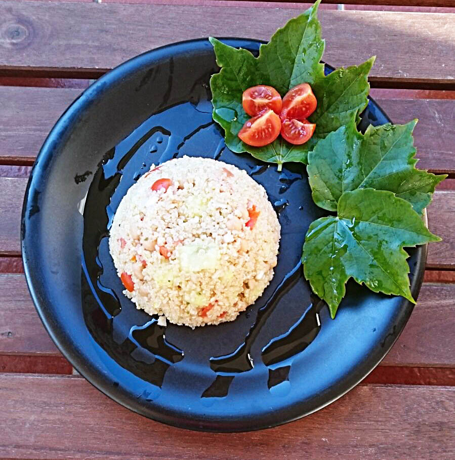 quinoa ceci e cetrioli