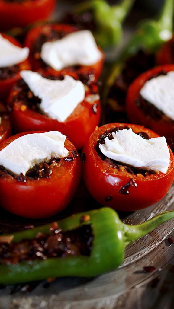 pomodori-ripieni-riso-nero