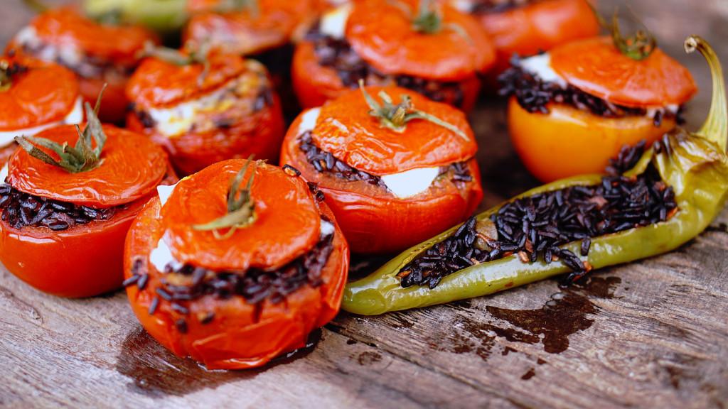pomodori-riso-venere-nero